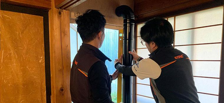 ペレットストーブ吸排気口の設置、貫通部の補強